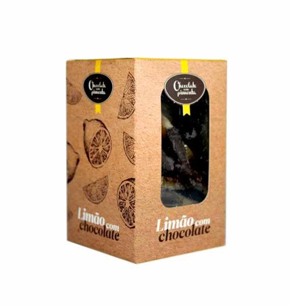 Casca de limão confitado com chocolate negro